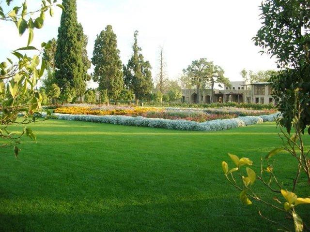 باغ جهان نما شیراز
