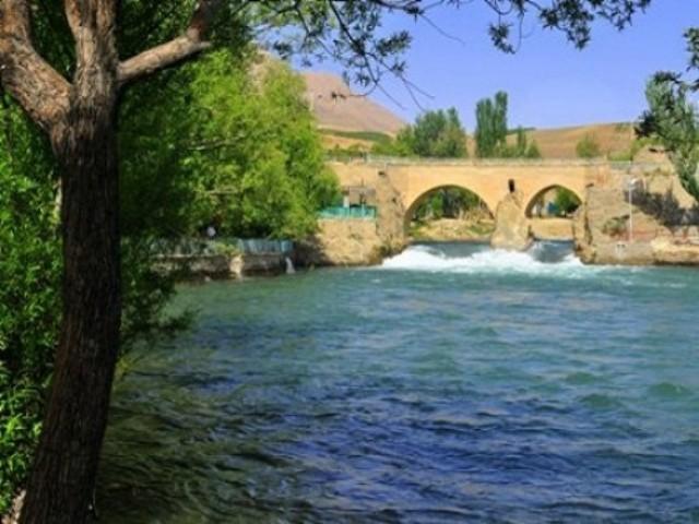 سامان - گذرگاه زاینده رود